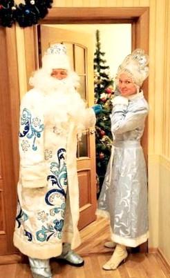 Лёха и Рудольф встречают праздничек